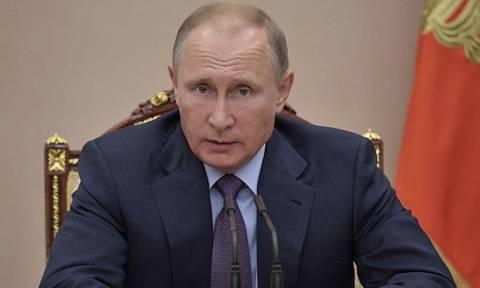Путин поручил разобраться в причинах пожаров в Ростове-на-Дону и Волгоградской улице