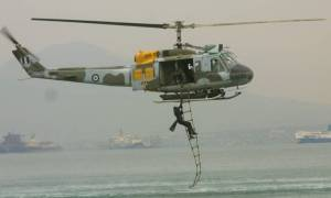 Συγκλονιστική αεροδιακομιδή ανοιχτά της Ύδρας (vid)