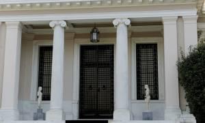 Έκθετη η κυβέρνηση - Ο Ρουβίκωνας διαψεύδει το Μαξίμου: Δεν κάναμε εμείς την επίθεση στον ΔΟΛ