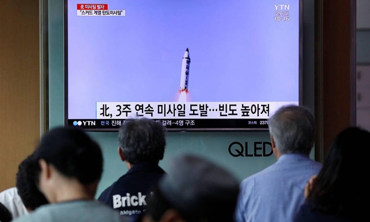 Τύμπανα Πολέμου; Η Βόρεια Κορέα εκτόξευσε βαλλιστικό πύραυλο εναντίον της Ιαπωνίας (Pic)
