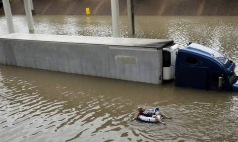 Houston floods: 'Catastrophic' flooding from Harvey to worsen