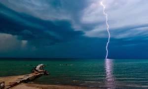 ΕΚΤΑΚΤΟ δελτίο επιδείνωσης καιρού: Προσοχή! Σε αυτές τις περιοχές θα χτυπήσουν ισχυρά φαινόμενα