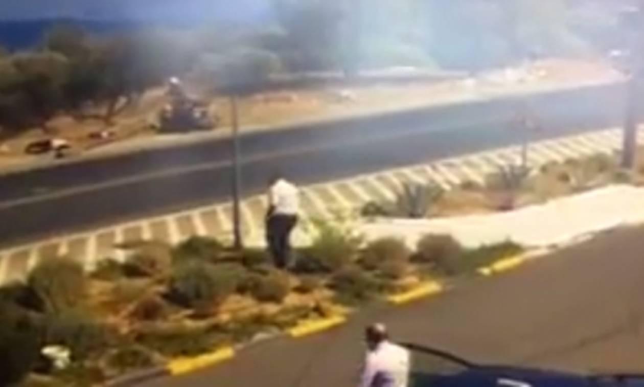 Βίντεο σοκ: «Γουρούνα» καρφώθηκε σε στύλο