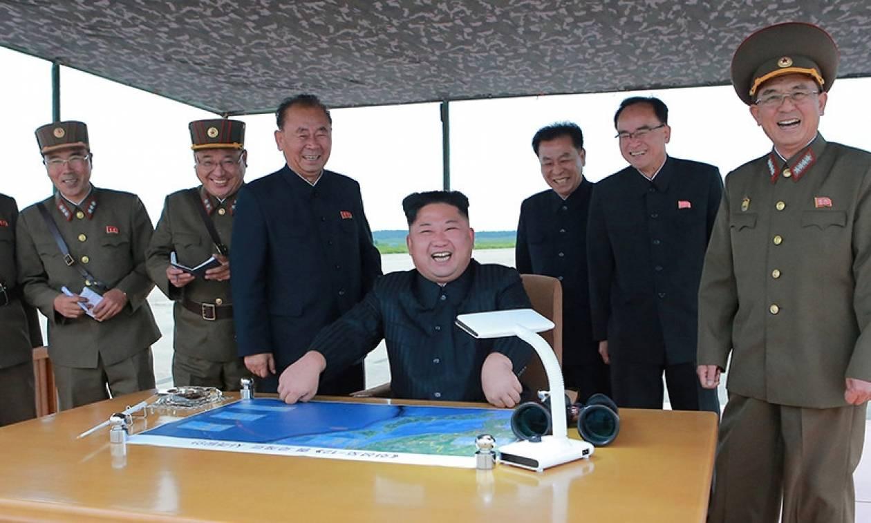 Πάει σε πόλεμο με τις ΗΠΑ ο Κιμ Γιονγκ Ουν; Η χθεσινή δοκιμή πρελούδιο για την επίθεση στη Γκουάμ