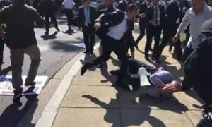 Έξαλλος ο Ερντογάν: Δικαστήριο των ΗΠΑ απήγγειλε κατηγορίες σε 15 μπράβους του για βιαιοπραγίες