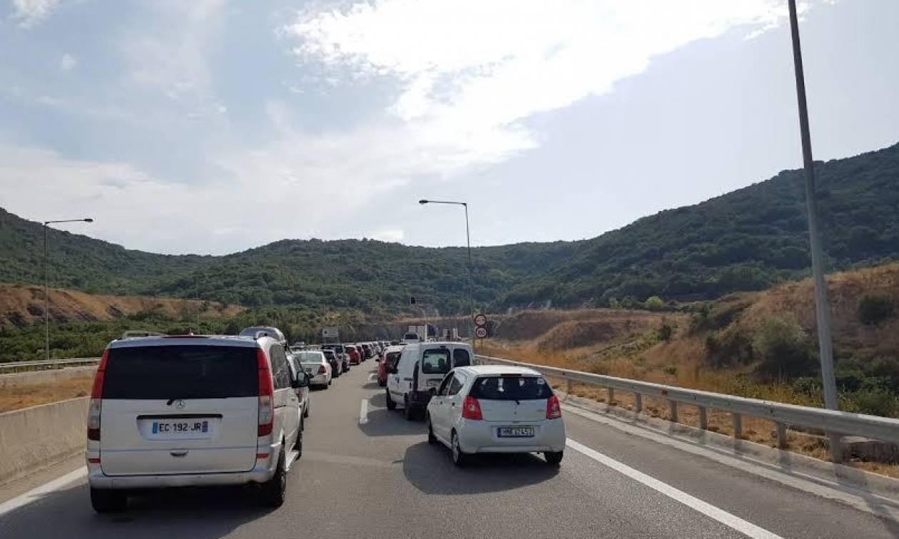 Απίστευτο περιστατικό στην Εγνατία Οδό – Οι οδηγοί «έτριβαν» τα μάτια τους