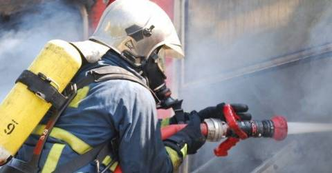 Firefighters rescue man and woman, both unconscious, from burning building