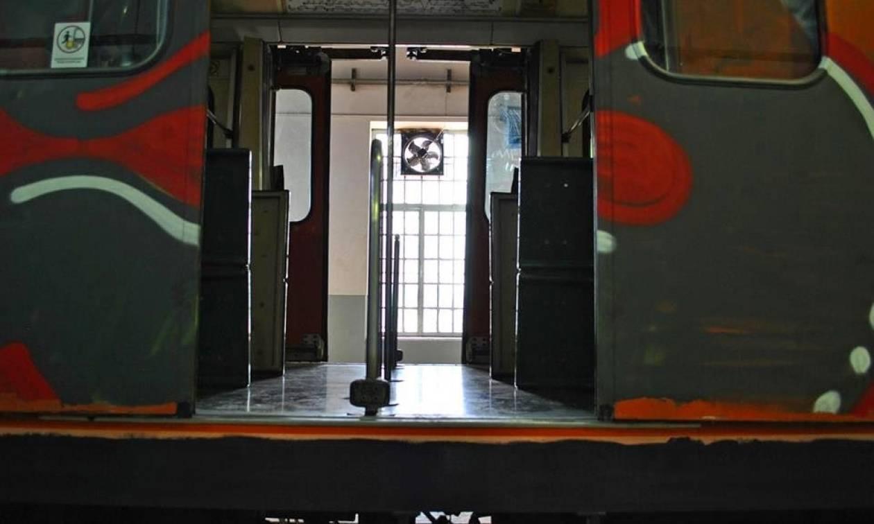 Τραγωδία στο Θησείο: 19χρονος έκανε γκράφιτι στον ΗΣΑΠ και πέθανε από ηλεκτροπληξία