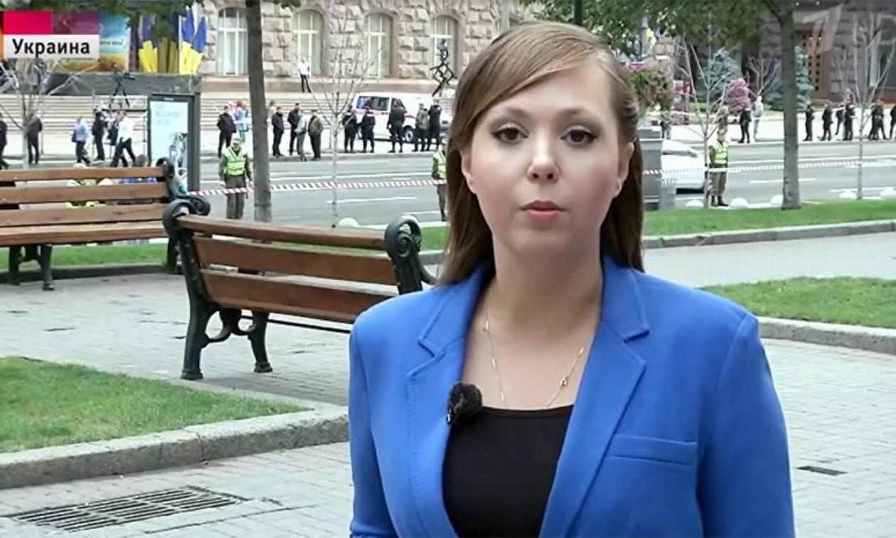 Σάλος στην Ουκρανία: Αστυνομικοί απήγαγαν Ρωσίδα δημοσιογράφο γιατί δεν τους άρεσαν τα ρεπορτάζ της
