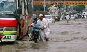 Πακιστάν: Τουλάχιστον 13 νεκροί από τις πλημμύρες