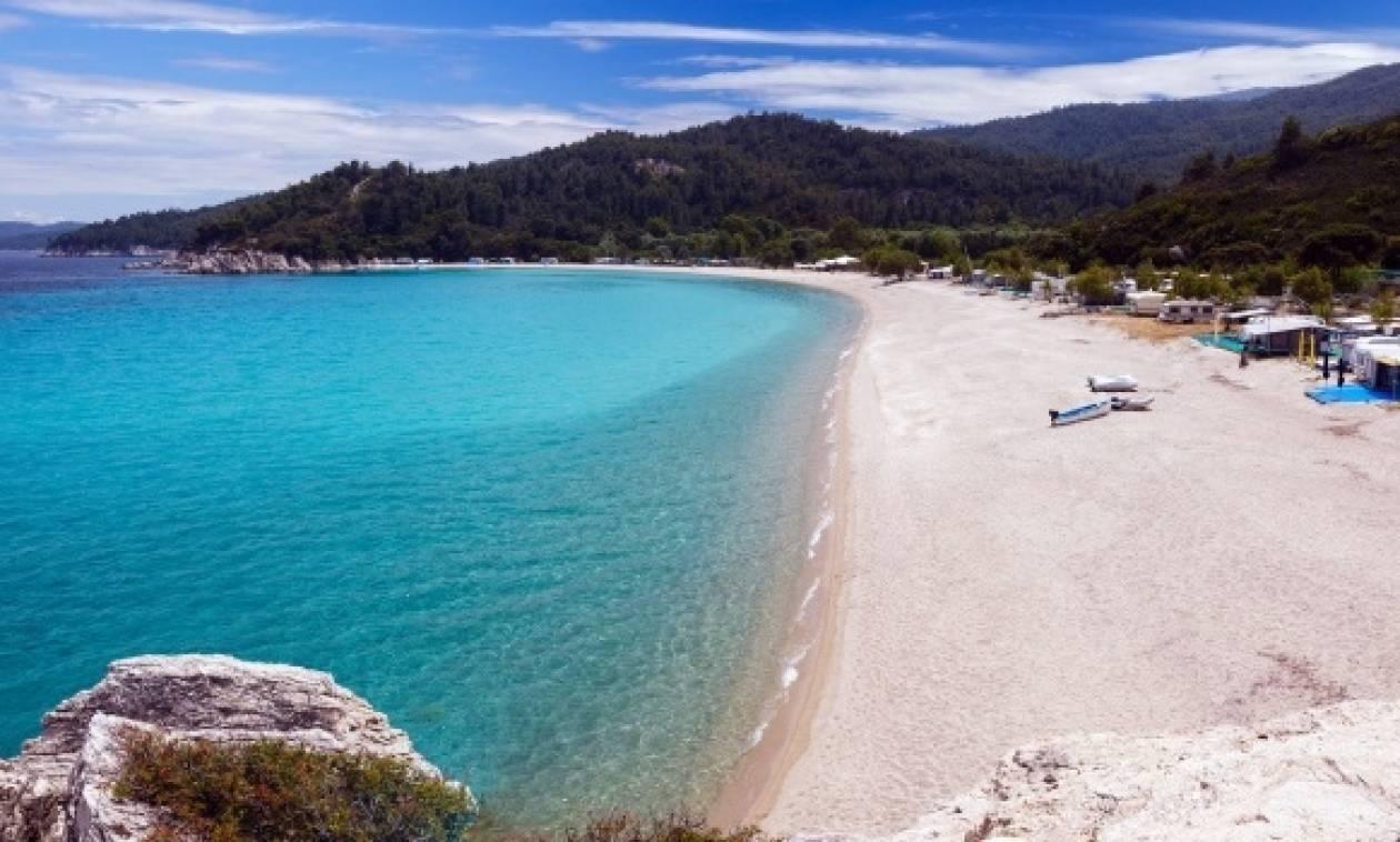 «Πλημμύρισαν» από Τούρκους τουρίστες η Χαλκιδική και η Θεσσαλονίκη