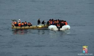 Δύο χρόνια από τον πνιγμό του Αϊλάν Κούρντι-Χιλιάδες πρόσφυγες εξακολουθούν να χάνουν τη ζωή τους