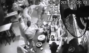 Χανιά: Η πλάκα ξεπέρασε τα όρια - Αναίσθητος έπεσε τουρίστας σε μπαρ (vid)