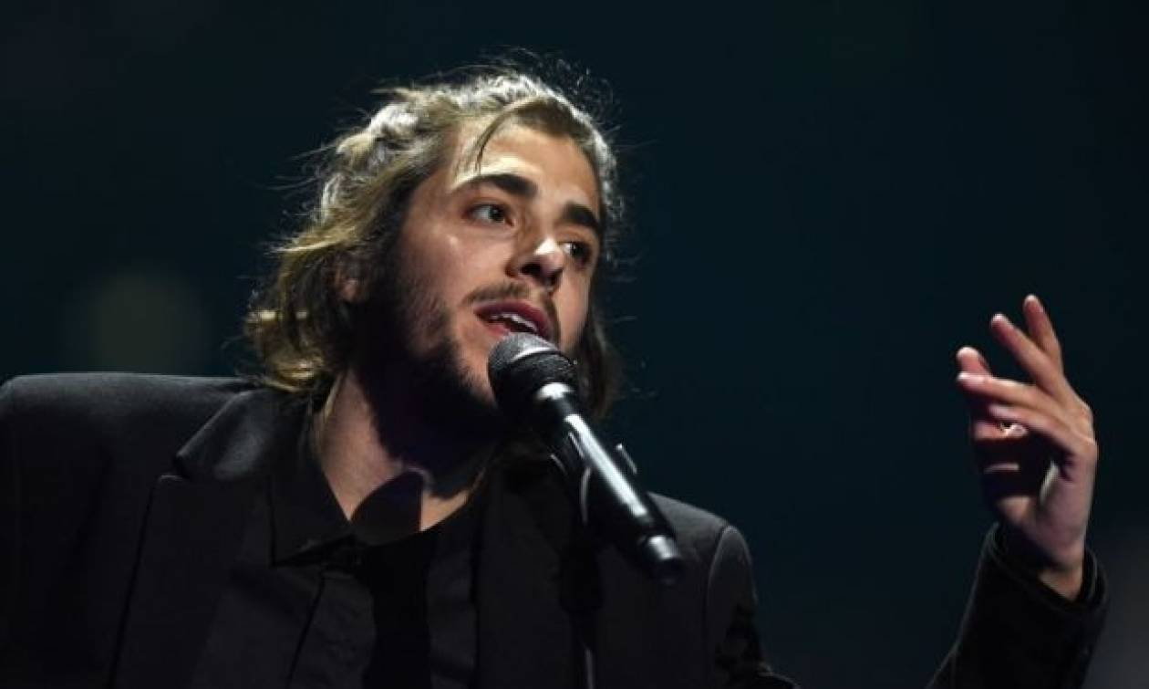 ΣΟΚ: Αργοπεθαίνει ο νικητής της Eurovision 2017 - Έχει τρεις μήνες ζωής