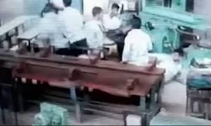 Βίντεο - σοκ! Ανήλικος πυροβολεί συμμαθητή του μέσα στην τάξη (Σκληρές εικόνες)