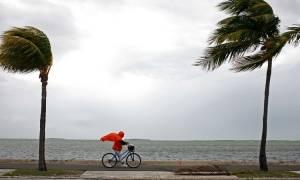 Κυκλώνας Ίρμα: Σε κατάσταση εκτάκτου ανάγκης η Φλόριντα