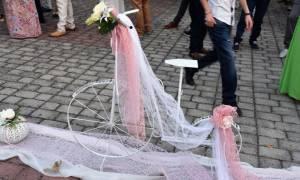 Τρίκαλα: Γιατί αυτός ο γάμος έγινε viral; Δείτε απίστευτες φωτογραφίες