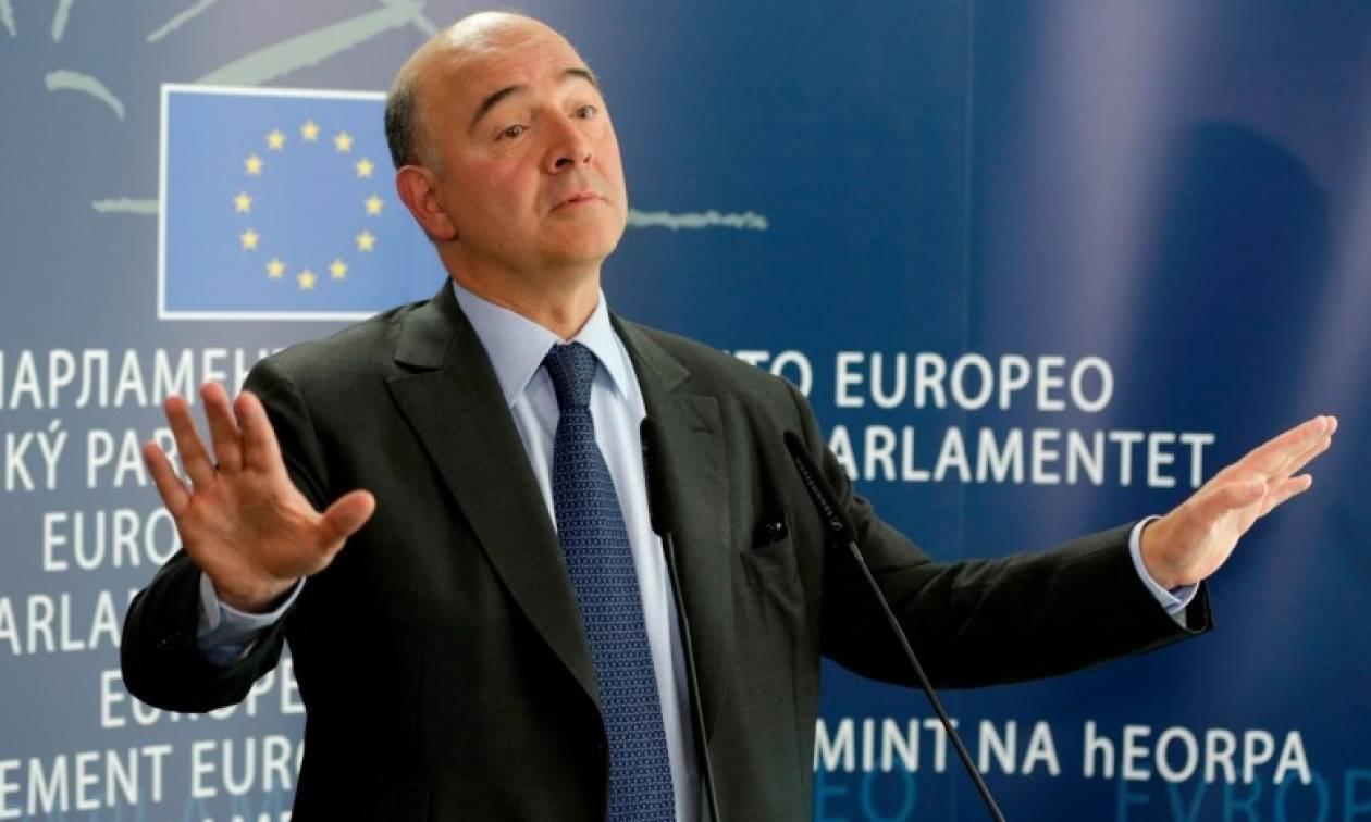 «Κεραυνοί» Μοσκοβισί κατά Ευρωζώνης: Υπάρχει ογκώδες δημοκρατικό έλλειμα