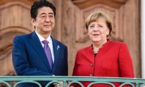 Σκληρότερες κυρώσεις σε βάρος της Β. Κορέας ζητούν Μέρκελ - Άμπε