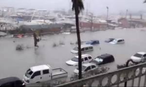 Συγκλονιστικές εικόνες: Ο τυφώνας Ίρμα σαρώνει τα νησιά της Καραϊβικής! (vids)
