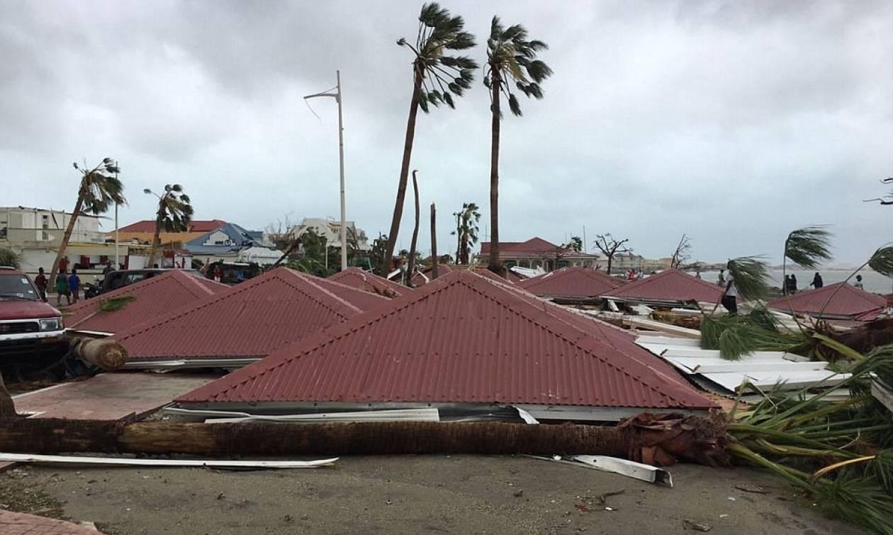 Σοκαριστικές φωτογραφίες από το πέρασμα του φονικού κυκλώνα Ίρμα