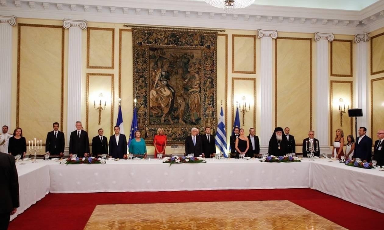 Επίσκεψη Μακρόν: Το μενού στο δείπνο του Προεδρικού Μεγάρου