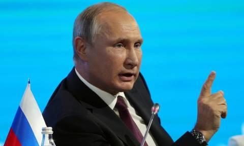 """Путин заявил, что Тиллерсон """"попал в плохую компанию"""""""