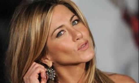 Βλέπουμε καλά; Η Jennifer Aniston άλλαξε τα μαλλιά της;