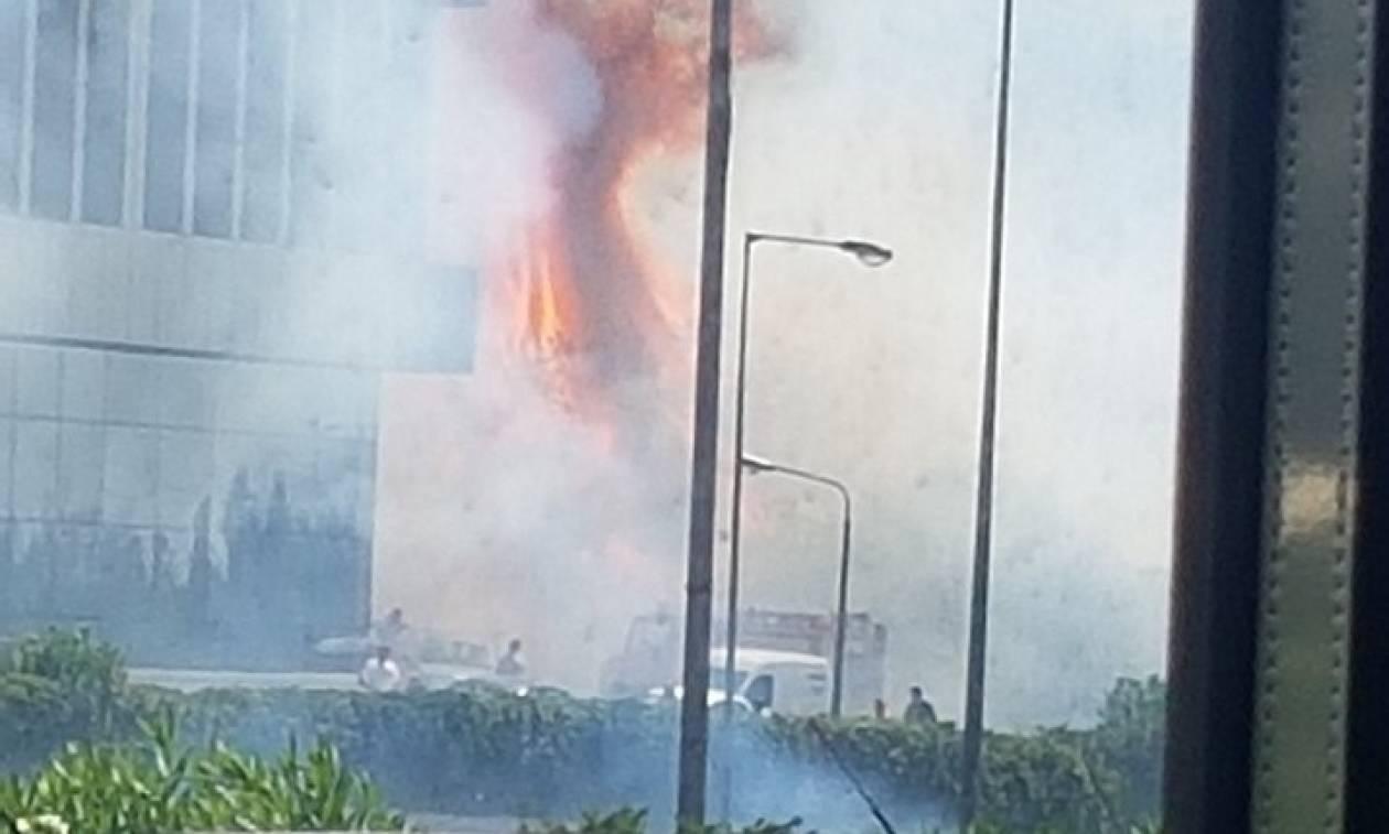 Υπό έλεγχο η φωτιά στην Εθνική Οδό Αθηνών - Λαμίας (pics+vids)