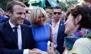 Επίσκεψη Μακρόν: Σουβλάκια ζήτησε να φάει ο Γάλλος πρόεδρος