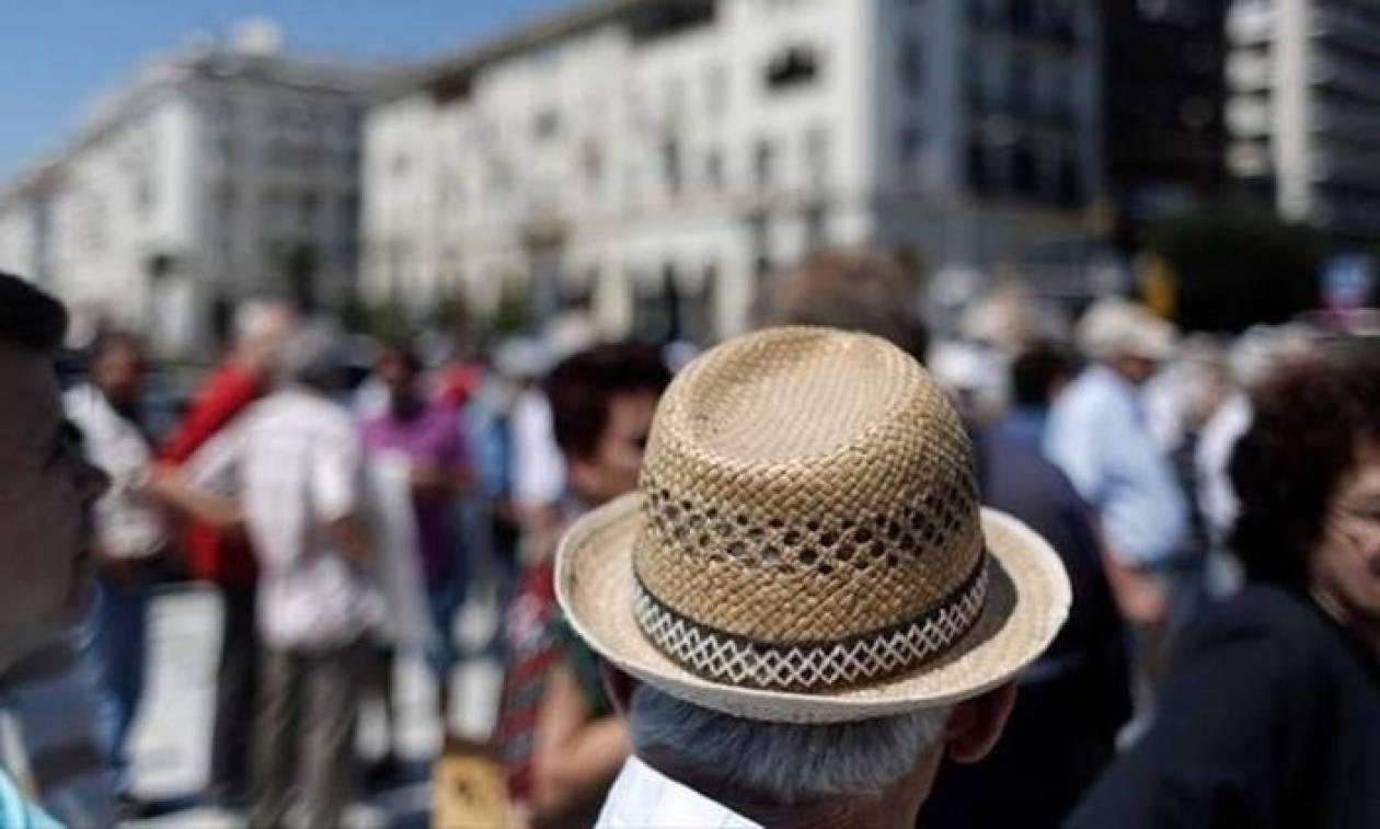 Στον Καιάδα οι συνταξιούχοι: Αυτά είναι τα «ψαλίδια» που αφορούν σε όλες τις συντάξεις