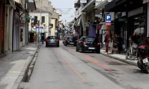 «Επικό» παρκάρισμα στην Καλαμάτα - Η φωτογραφία που... έγραψε ιστορία