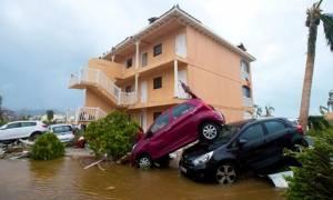 Ξεκίνησε η επέλαση του τυφώνα Ίρμα προς τη Φλόριντα (Pics+Vids)