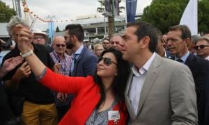 ΔΕΘ 2017 - Τσίπρας: Για να δω, είμαι ωραίος; (pic+vid)