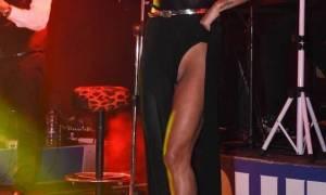 Καυτό ατύχημα στην πίστα για τραγουδίστρια (Pic)