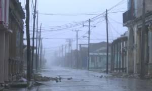 Κυκλώνας Ίρμα: Η Κούβα κηρύχθηκε σε κατάσταση συναγερμού (Pics+Vid)