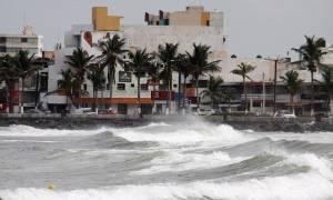 Μεξικό: Τουλάχιστον δύο νεκροί από το καταστροφικό πέρασμα του κυκλώνα Κάτια (Vid)