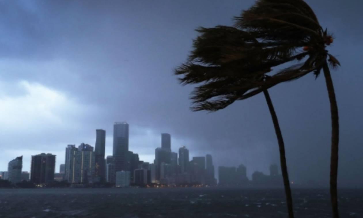 Τρέχουν πίσω από τον κυκλώνα Ίρμα οι κυνηγοί καταιγίδων (vid)