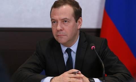 Медведев: положительная динамика экономики РФ найдет отражение в бюджете на 2018 год
