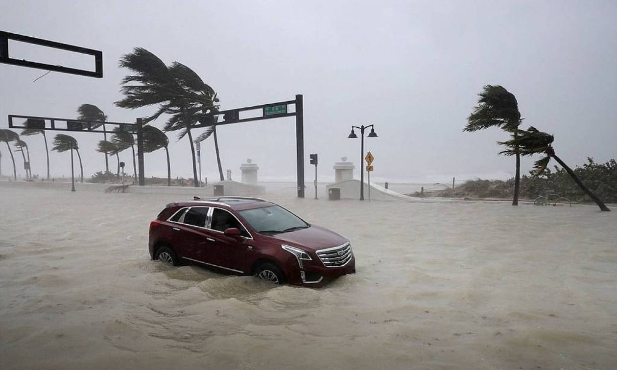 Hurricane Irma: Storm hits west coast of Florida