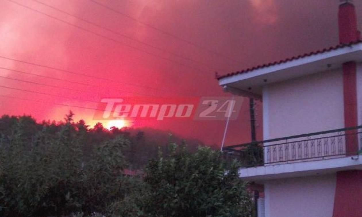 Κόλαση φωτιάς στη δυτική Αχαΐα: Εκκενώθηκαν οικισμοί