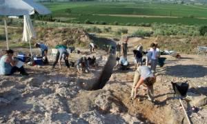 Μοναδική αρχαιολογική ανακάλυψη στον Ορχομενό - Βρέθηκε μυκηναϊκός τάφος με νεκρό πολεμιστή