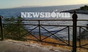 Επικίνδυνες εξελίξεις: Η πετρελαιοκηλίδα έφτασε στην Πειραϊκή - Φωτογραφίες ντοκουμέντο