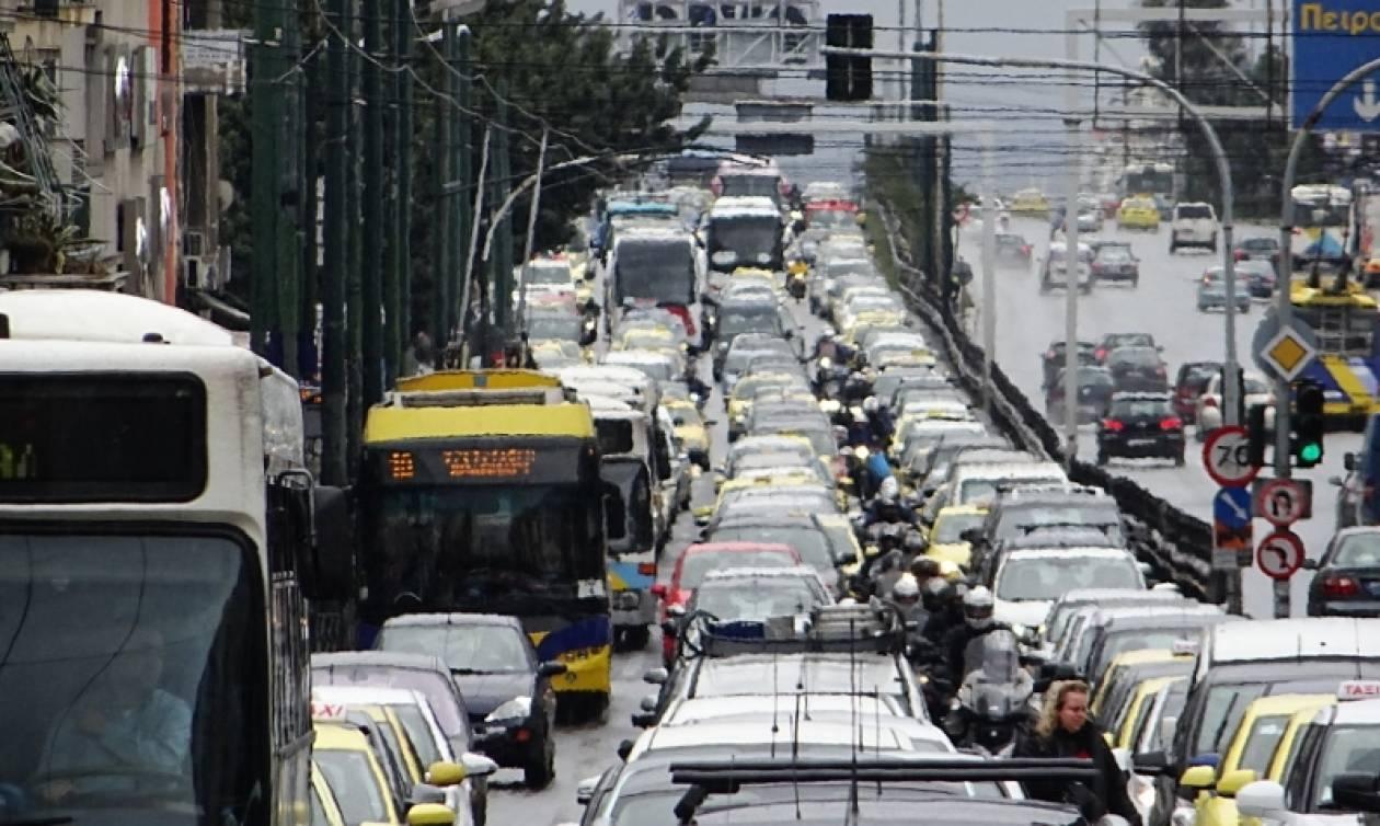 Κυκλοφοριακό κομφούζιο στην Αθήνα: Ποιους δρόμους πρέπει να αποφύγετε