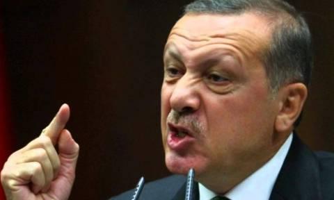Έξαλλος ο Ερντογάν για το δημοψήφισμα των Κούρδων: Θα το πληρώσετε ακριβά