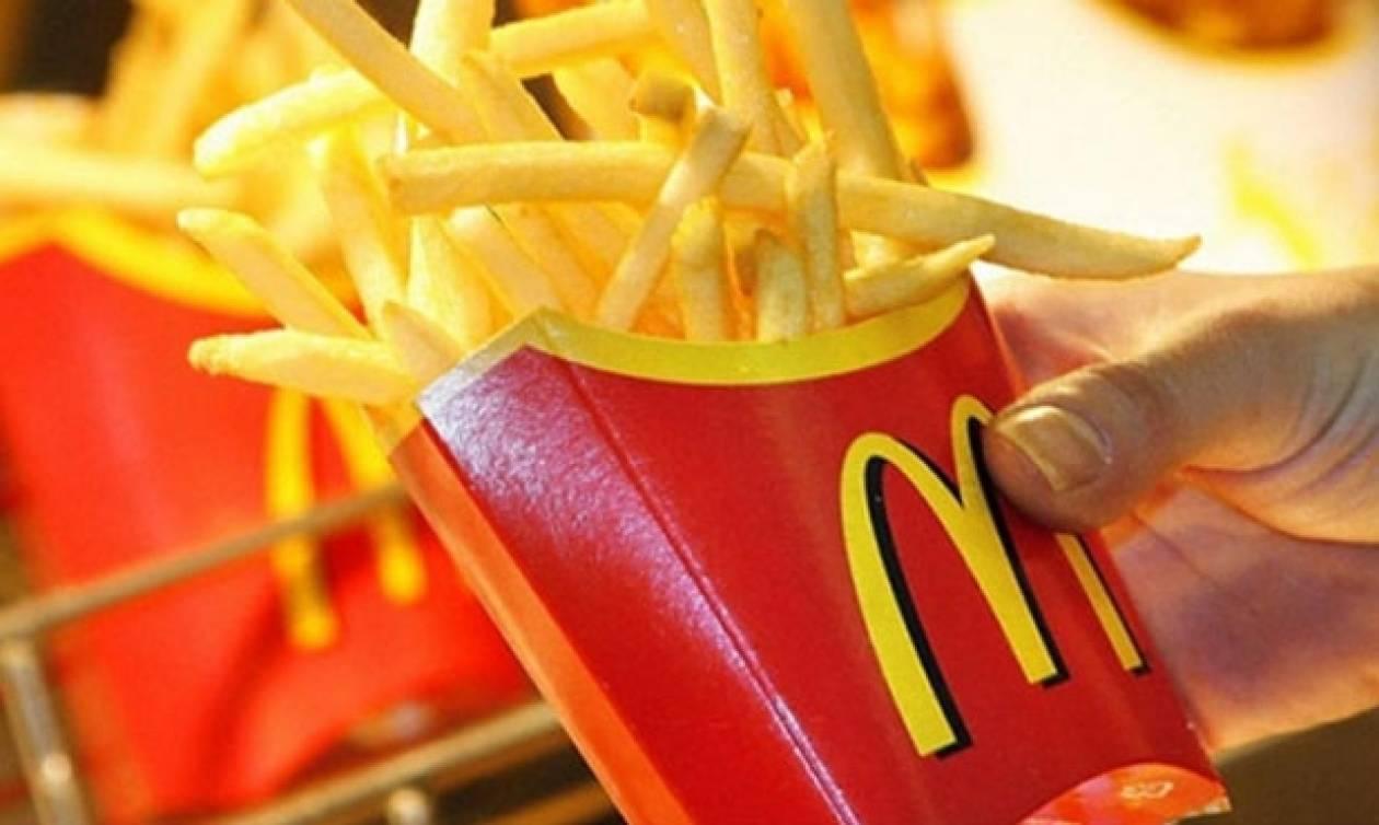 McDonald's: «Δείτε πώς μας κλέβουν με τις τηγανητές πατάτες» - Τι απαντά η εταιρεία