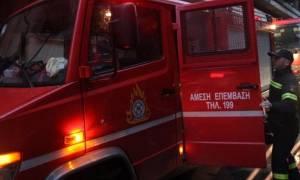 Σκηνές πανικού στο Νέο Κόσμο: Τέσσερα παιδάκια απεγκλωβίστηκαν από φλεγόμενο διαμέρισμα