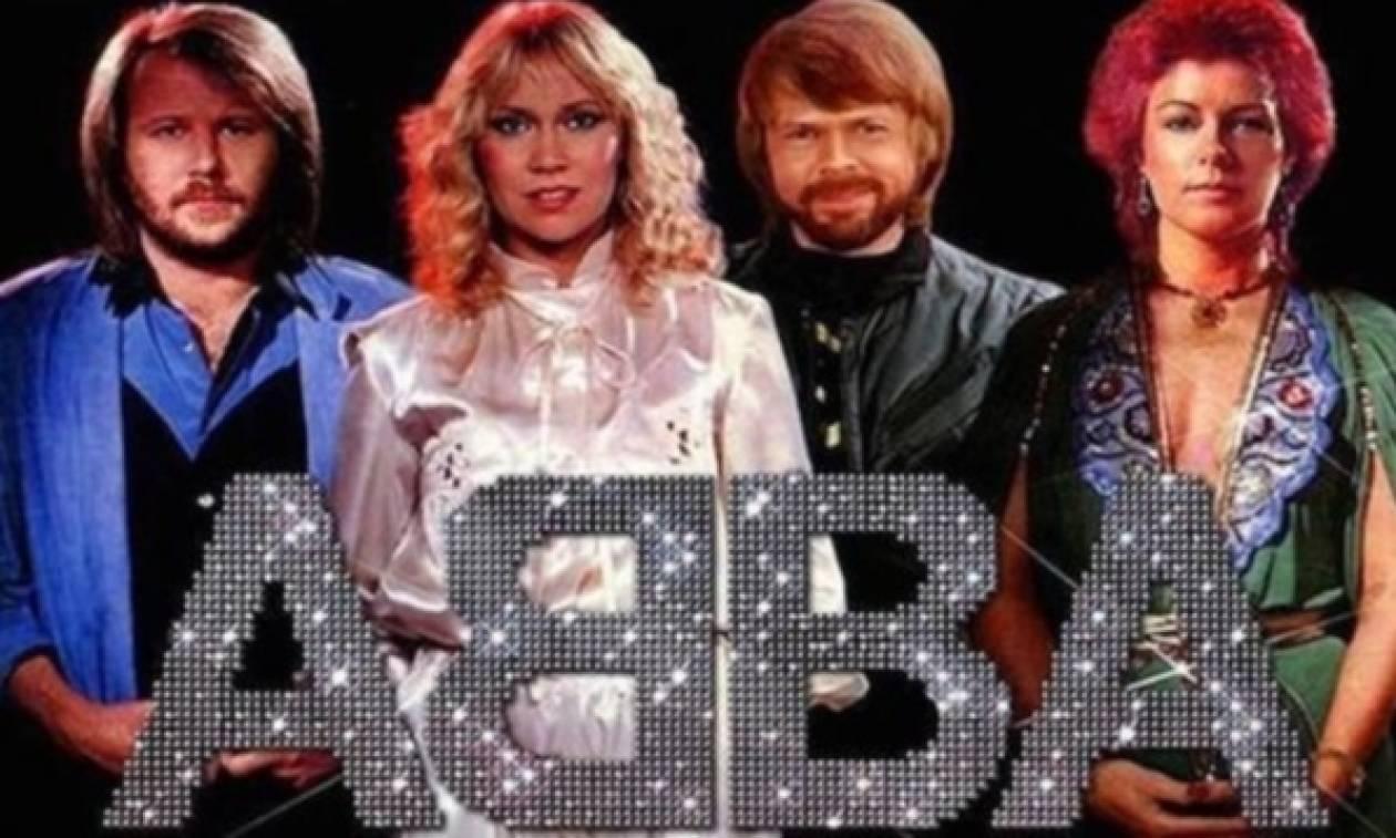 Οι ABBA επιστρέφουν στη σκηνή σε... ψηφιακή μορφή!