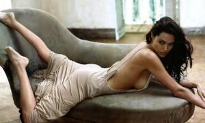 Σάλος με τα όργια της Αντζελίνα Τζολί σε σεξ κλαμπ: Ζητούσε από αγνώστους να…