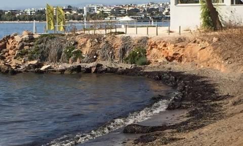 Опубликован список пляжей Греции, на которых нельзя купаться из-за загрязнения мазутом